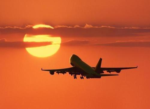 https://i0.wp.com/www.welovedc.com/wp-content/uploads/2008/09/plane-taking-off.jpg