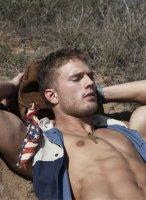 Jesse_Roberts-Tetu_magazine-gay-1