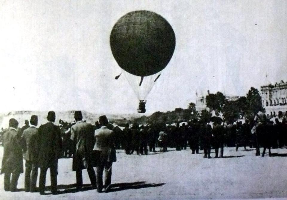 1910s Istanbul Balloons