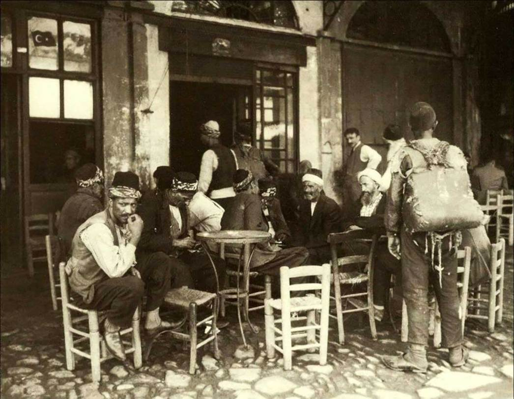 A coffeehouse in Istanbul in 1925