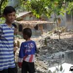 Tasha May_welovejakarta_We Love Jakarta_Rachel House_Kalibaru North Jakarta_Kids around the dirty river in Kalibaru