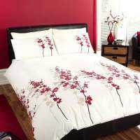 "Dreams & Drapes ""Oriental"" Duvet Cover Set in Red"