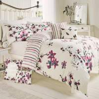 "Dreams & Drapes ""Sakura"" Oriental Floral Duvet Set in Pink"