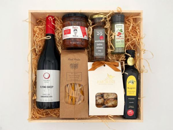 NZ Mediterranean Cuisine Gift Box With Sangiovese Red Wine