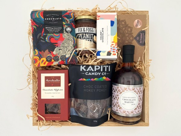 Craft Chocolate Gift Box Large With Cocktail