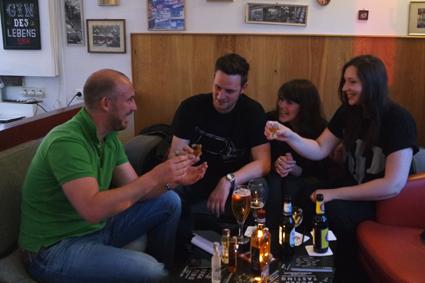 Wodka please Vodka tasting Bonn polischer Vodka in Bonner Kneipen Haselnussvodka