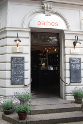 Pathos Bonn Südstadt Restaurant Drinks Bar Theater Pathologie