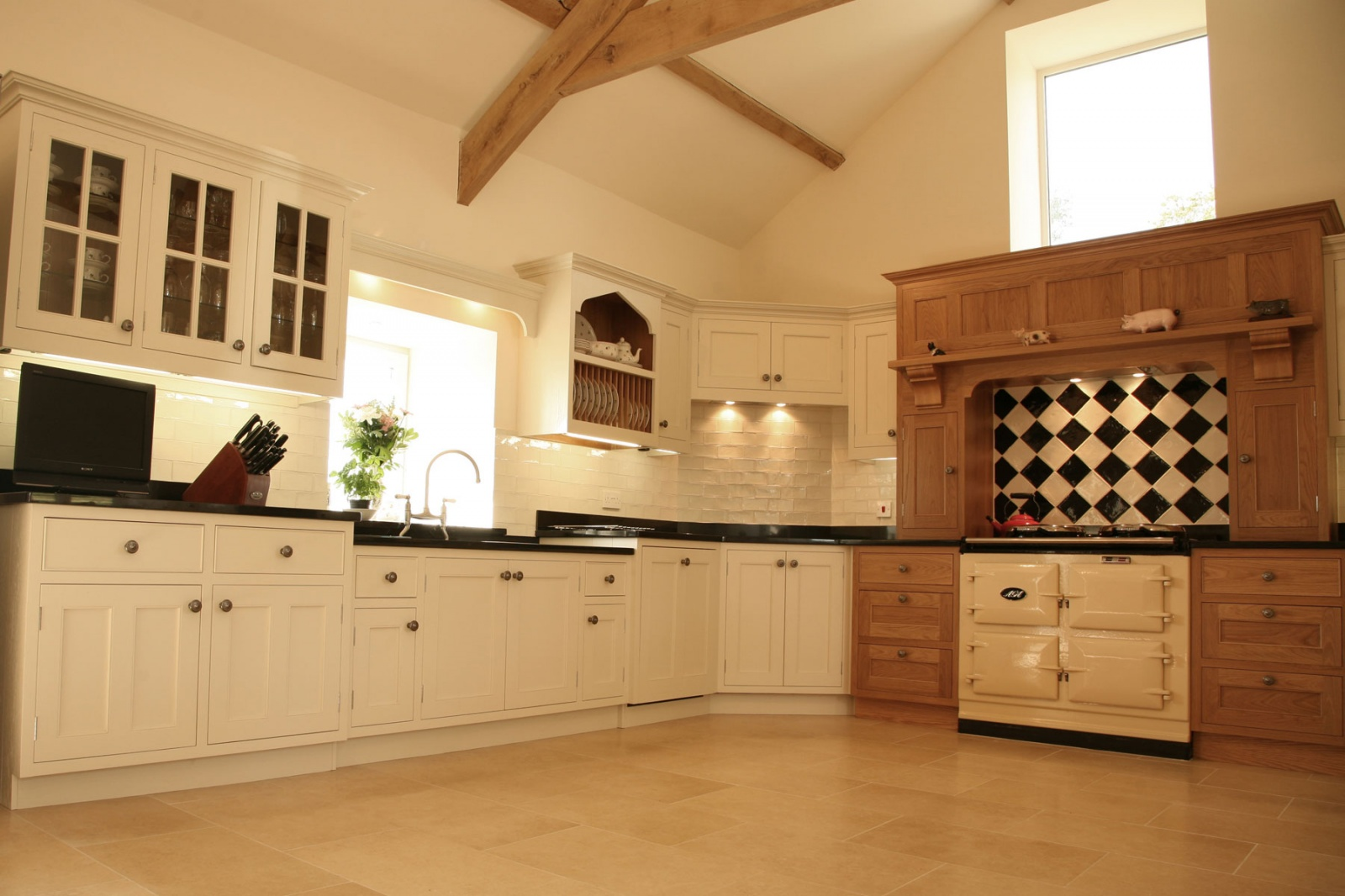 Painted Oak Kitchen Llandeilo