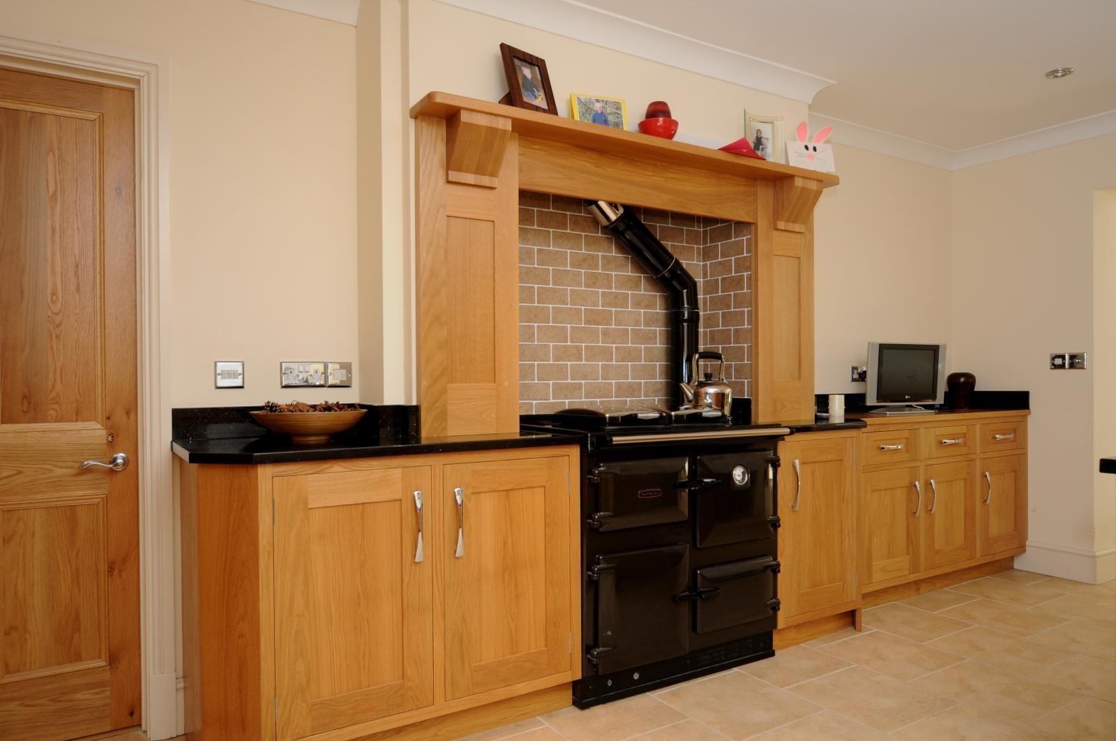 Oak Shaker Kitchen St Davids  Mark Stones Welsh Kitchens  bespoke kitchens and furnuture made