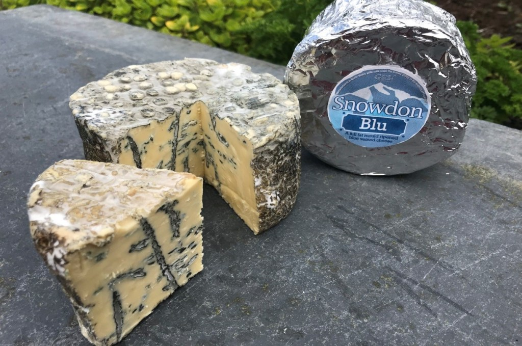 Snowdon Cheese - Blue