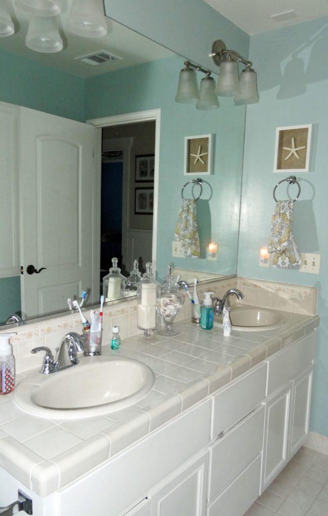 hallbathroom2