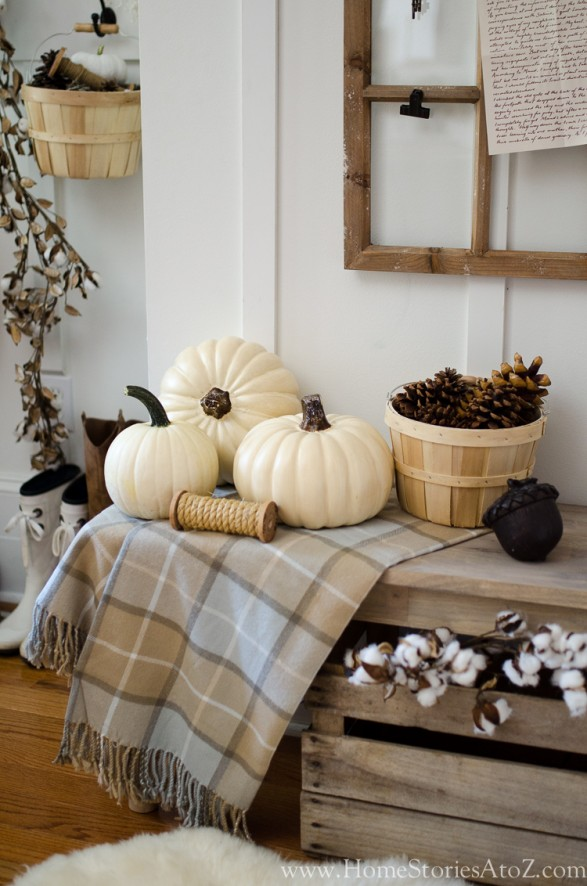 fall farmhouse decorating