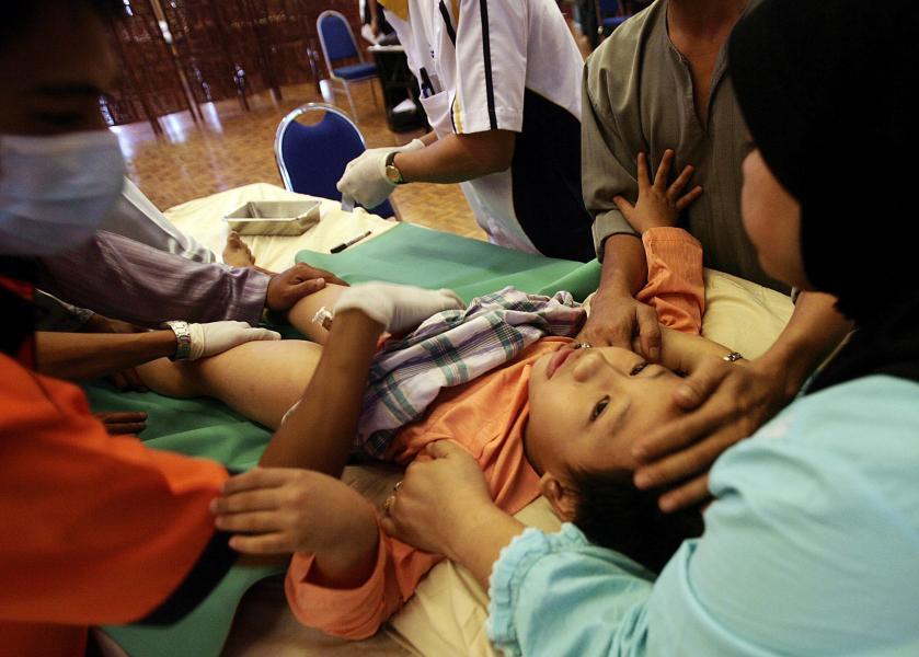 Beschneidung von kleinen Jungen in Malaysia