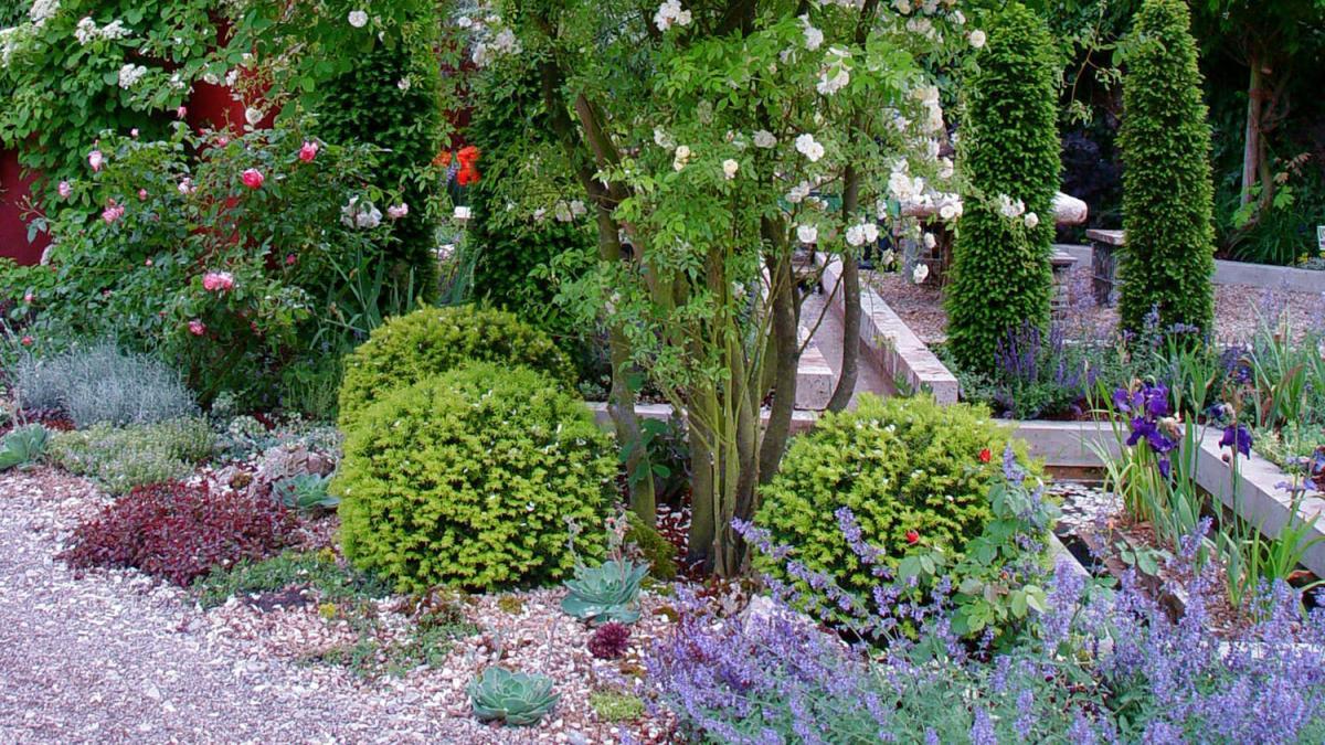 Das eigene Grn Ein Kiesbeet ist der perfekte Garten fr