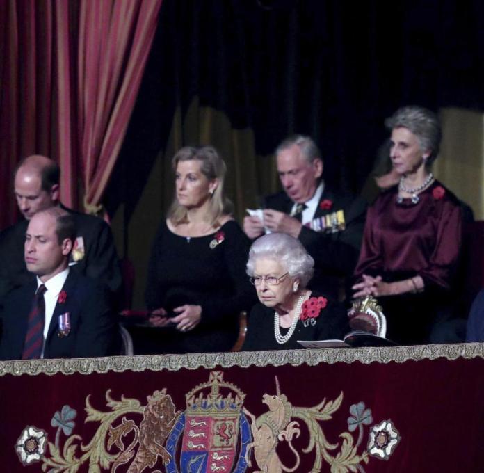 Queen Elizabeth II, Kensington, London, Nov. 9, 2019. (Chris Jackson / Pool via AP)