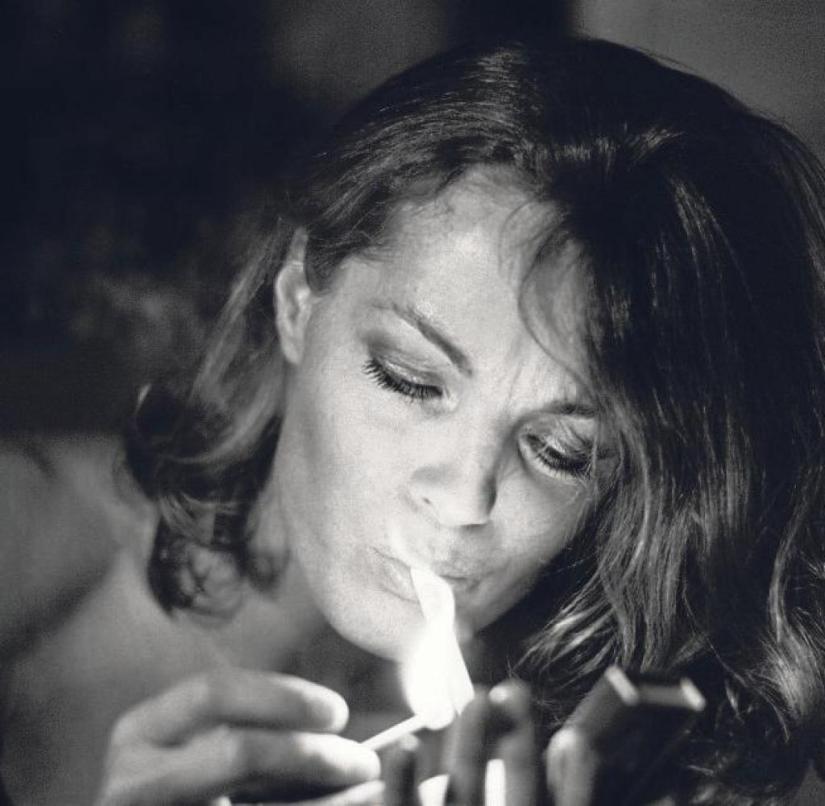 Helga Kneidl shows Romy Schneider in private