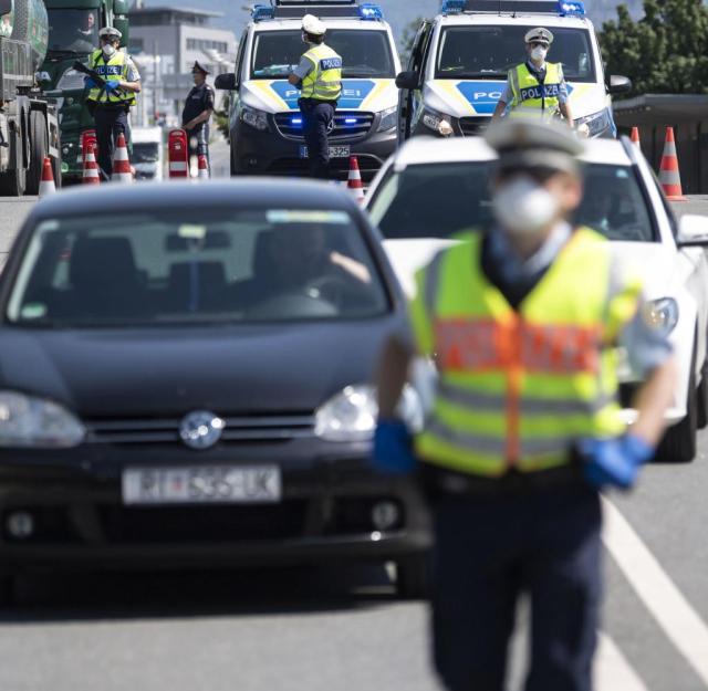 Mai 2020: Kontrollen der Bundespolizei an der deutsch-österreichischen Grenze. Derzeit gebe es nur oberflächliche Stichpunktkontrollen, kritisiert die Deutsche Polizeigewerkschaft