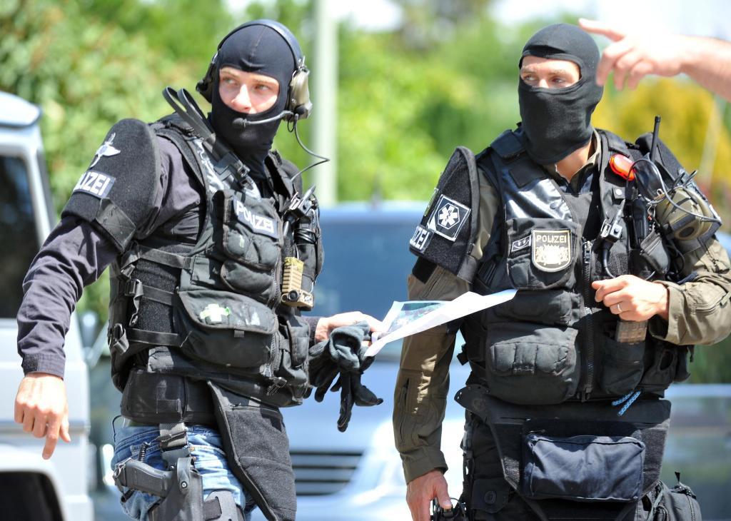 SEKBeamte tten um sich schieenden Polizisten Schwaben  WELT