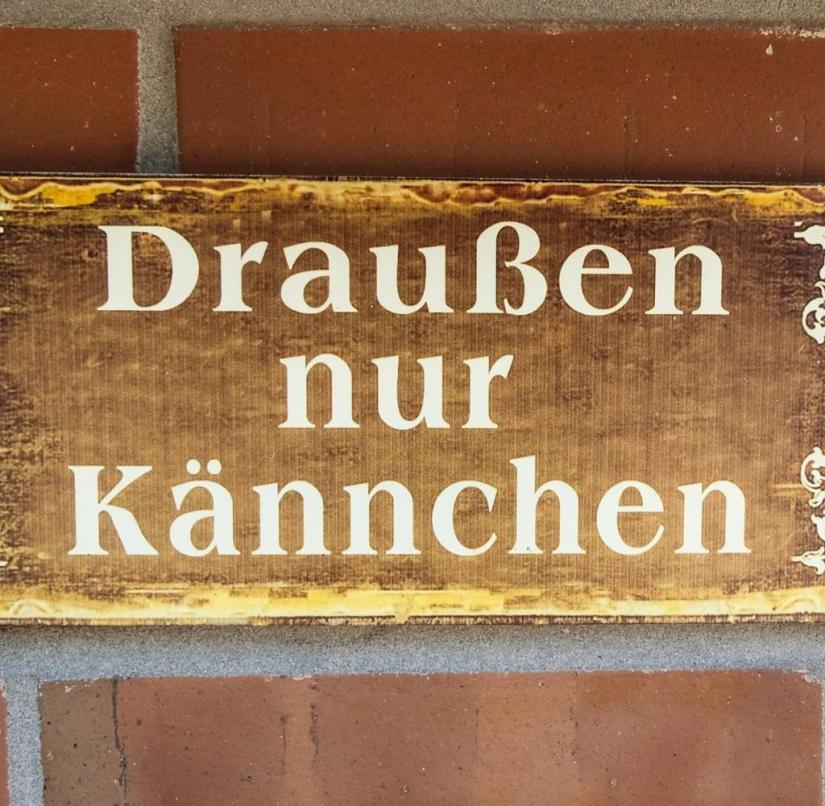 """Bundesstrasse 3: There are still cafes here that offer """"only jugs outside"""""""