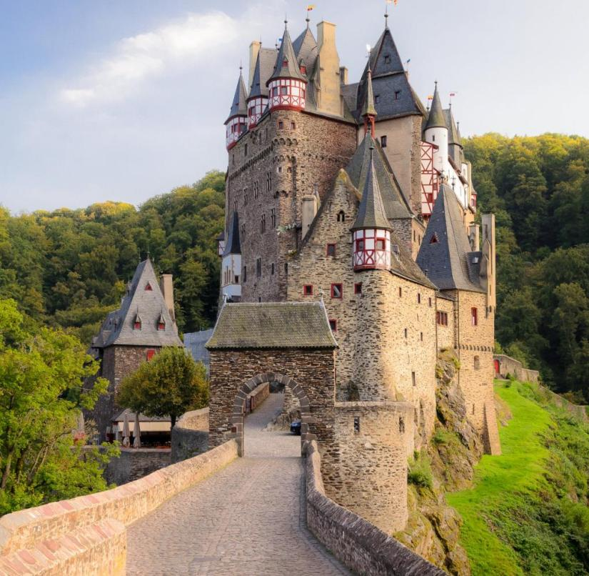 Rhineland-Palatinate: Eltz Castle from the 12th century has been in the family for over 800 years, but some of it can be visited