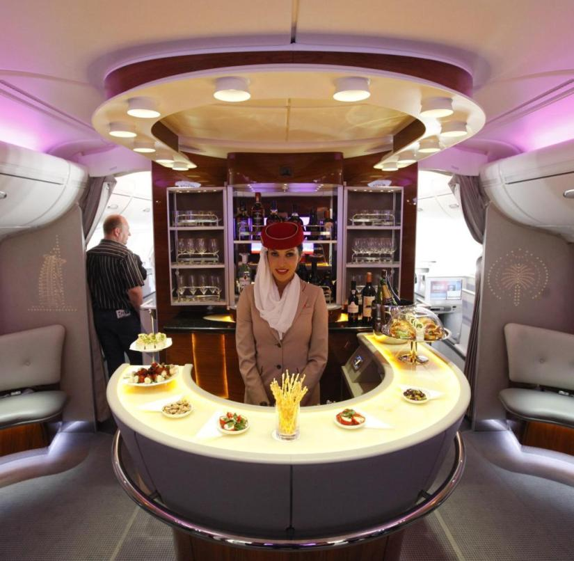 The bar in the Emirates A380 is not only open to first class but also business class guests
