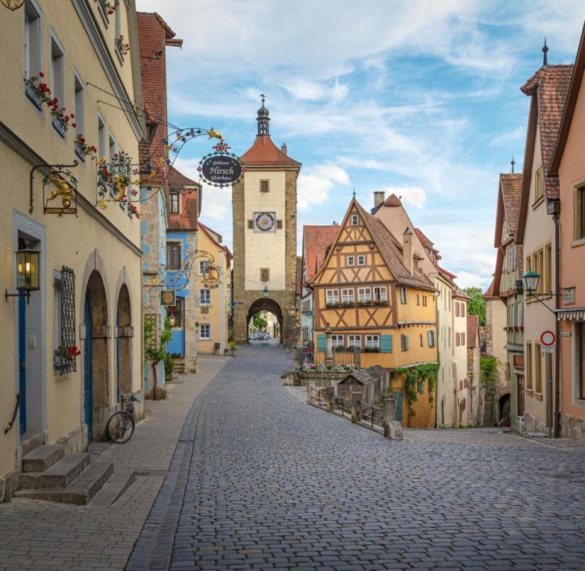The medieval architecture that has been preserved in Rothenburg ob der Tauber inspires tourists from all over the world
