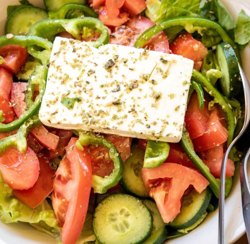 Cyprus: The salad with feta, which is served on the plate in Larnaka, is crisp and fresh