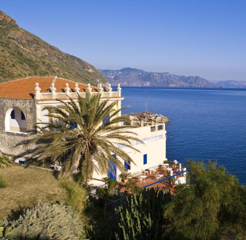 Villa on Salina (Sicily, Italy)