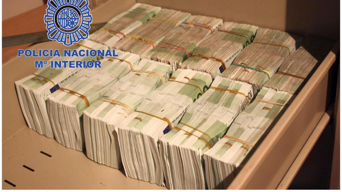 Großrazzia Spaniens Polizei Beschlagnahmt Zehn Millionen
