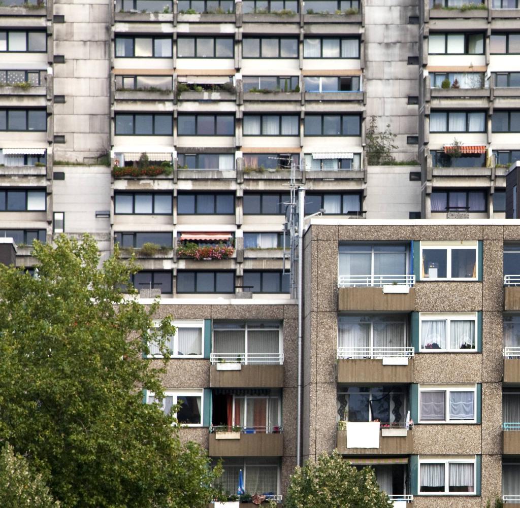 400 Wohnungen Dortmund rumt aus Brandschutzgrnden riesigen Hochhauskomplex  WELT