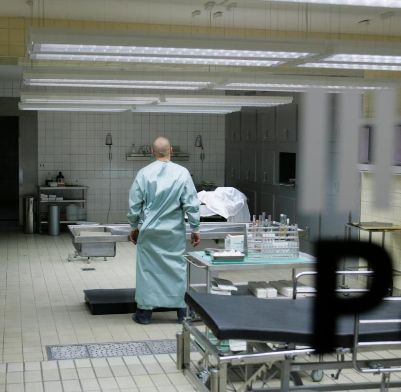 The autopsy of a corona dead person involves special protective measures
