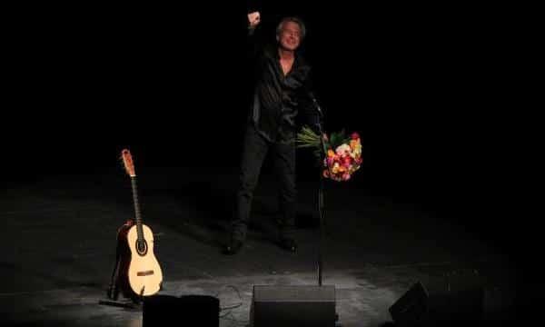 Reinhard Mey - Dann mach's gut live - Bühnenbild