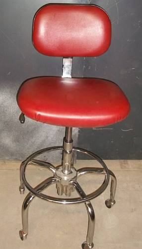 Stool / Red Vinyl Tall - Used