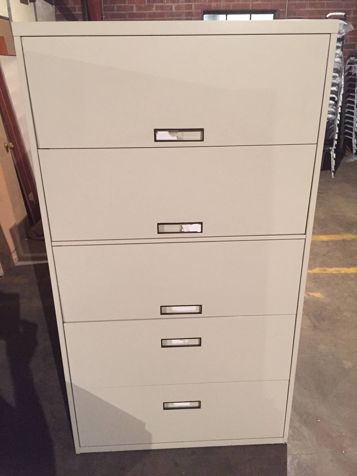 5Drawer Steelcase 36  42 Wide Putty Lateral File