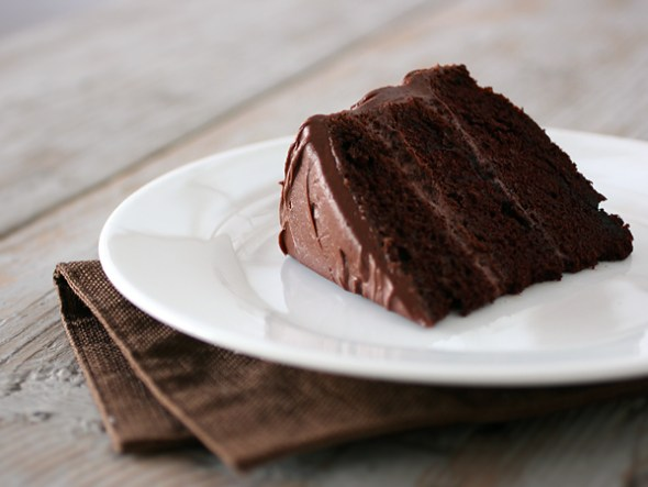 chocolate cake slice picnic size