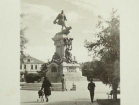 Magellan-Denkmal damals