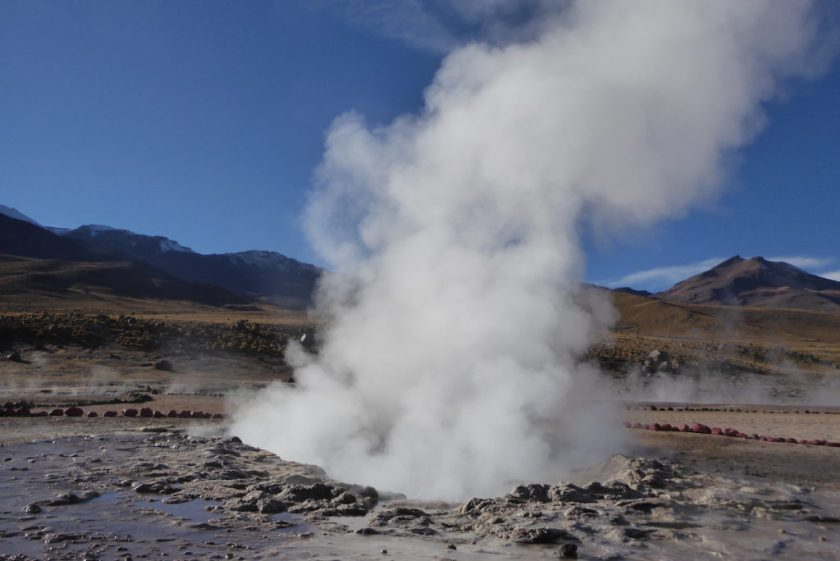 Geysir in Chile |Wunschaktion bei der Weltreise von Elke Zapf und Wolfgang Eckart