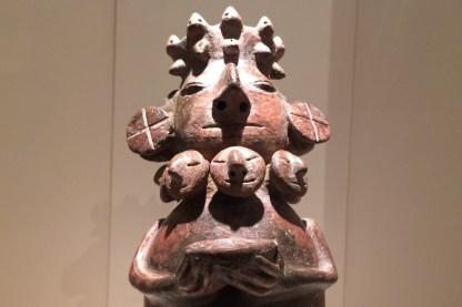 Peru-Lima-MuseumLarco-Moche-Mutter