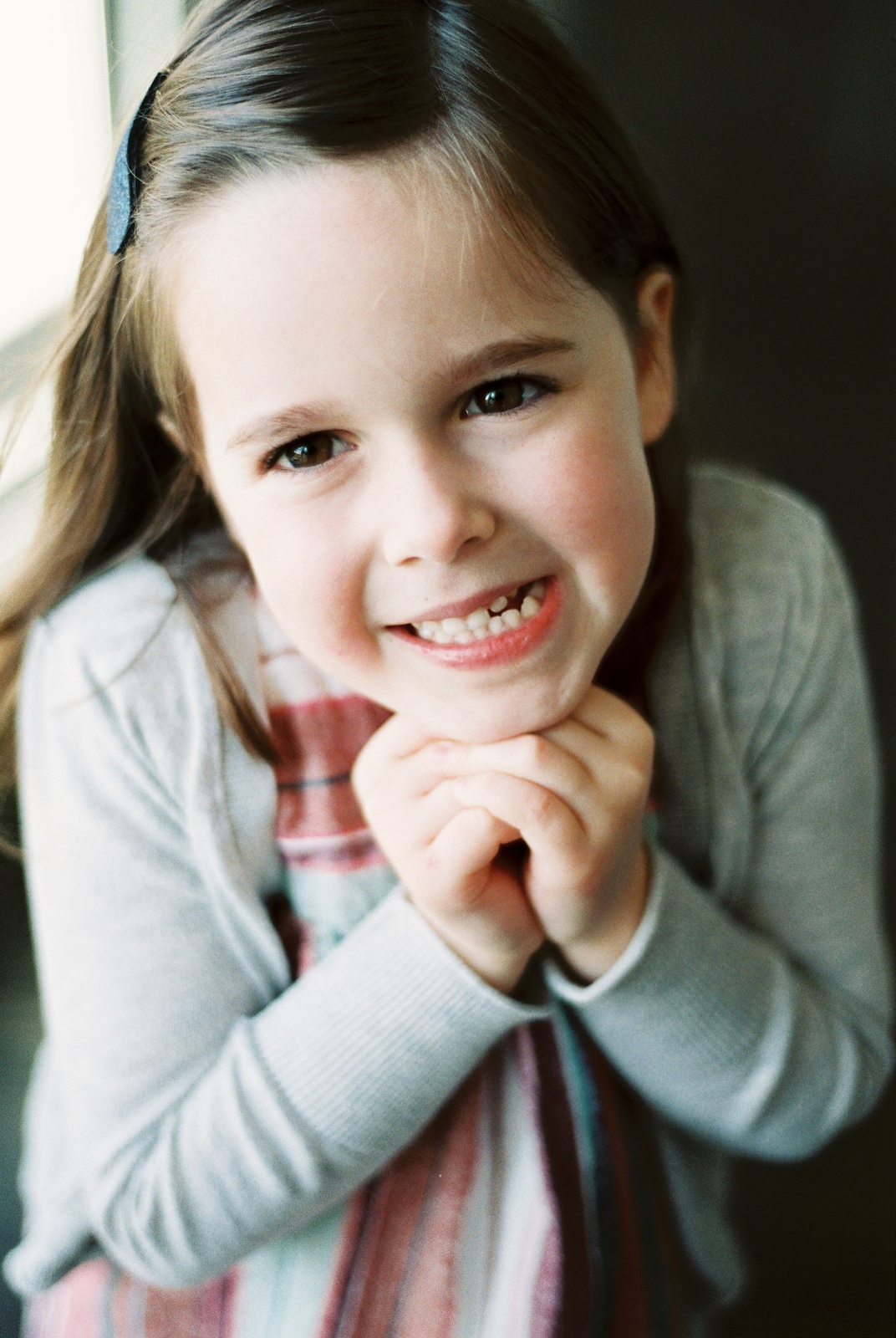 portrait of big sister by wendy g photography