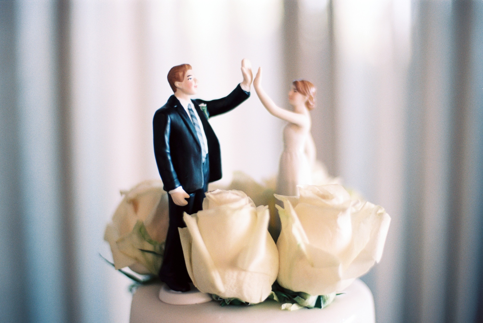 unique wedding cake topper by wendy g photography