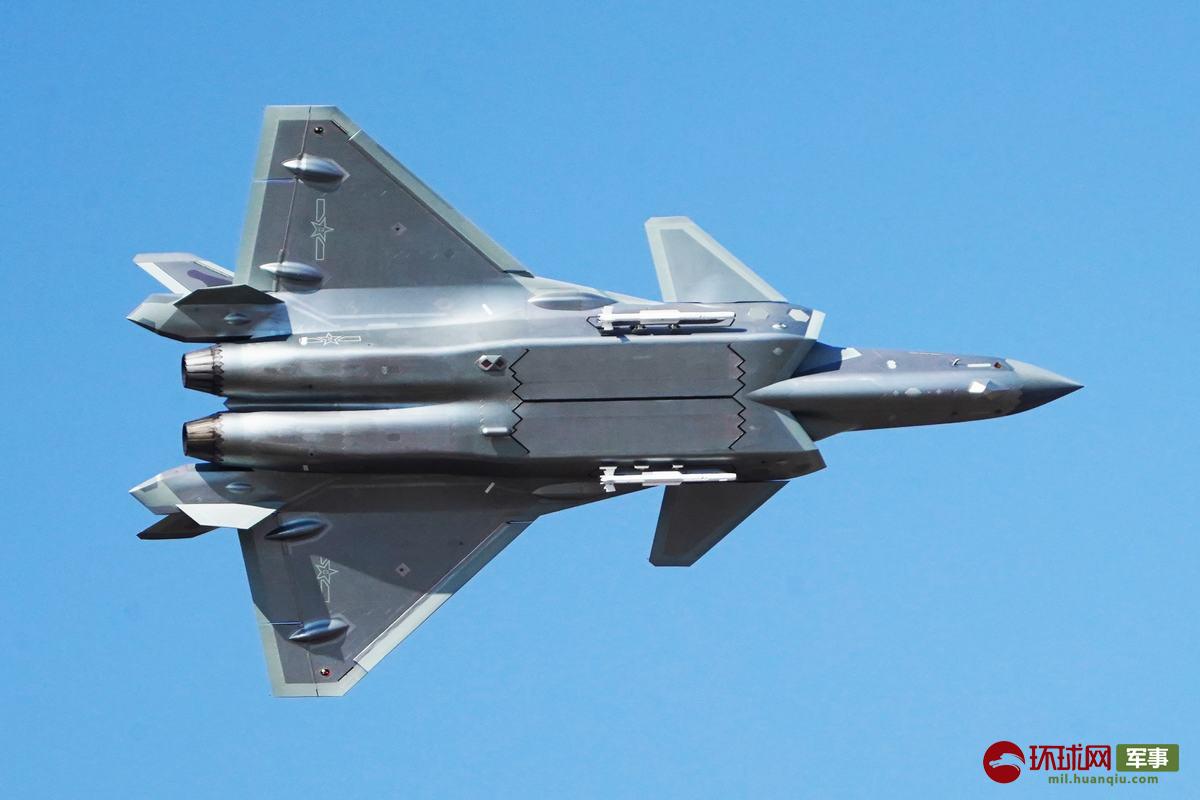 歼-20战斗机(摄影:徐璐明)