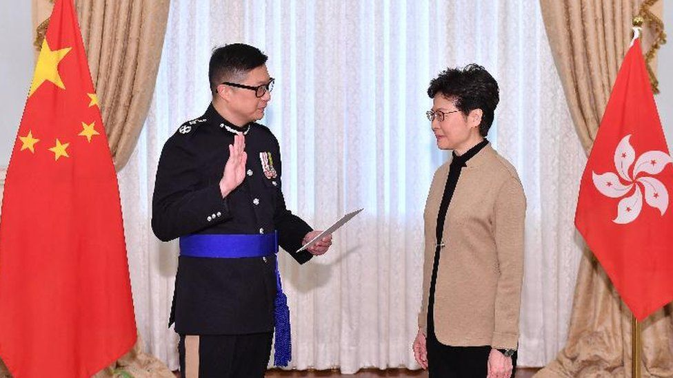 香港特区政府任命强硬派警官邓炳强为警务处处长