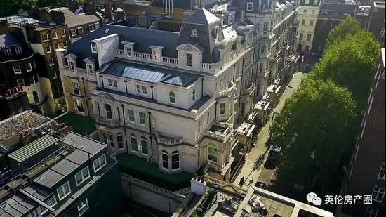 英国富豪22.8亿的豪宅曝光,餐厅下面挖条河?(图)