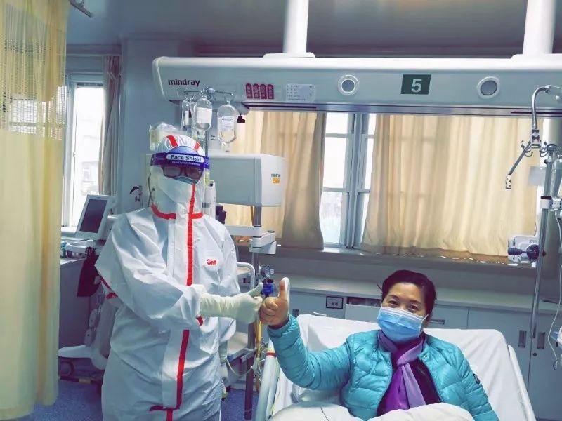 疫情爆发之初,一对武汉母女的生死20天(视频)