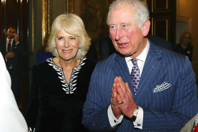 71歲查爾斯王儲確診!曾與確診摩納哥親王麵對麵,參加活動還不戴口罩,女王和卡米拉都健康