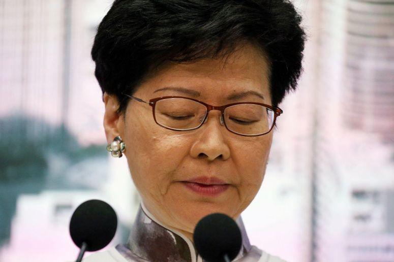 香港特首林鄭月娥面臨的辭職壓力加劇- 華爾街日報