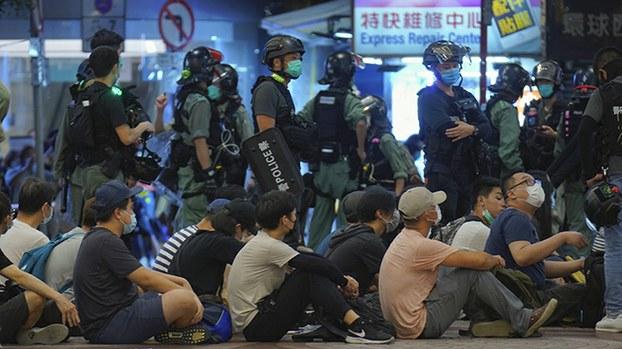 """香港抗争转战海外 """"流亡议会""""是什么?(视频)"""