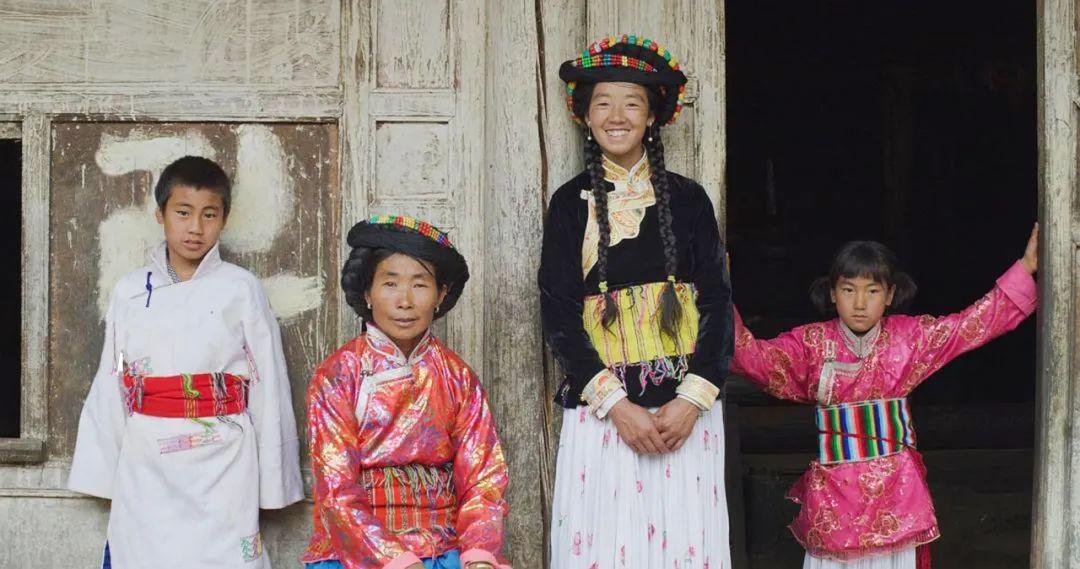 """中国最后一批母系社会成员 重新阐释""""走婚""""传统"""