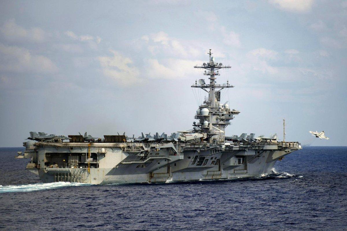 南海怼上了!罗斯福号、辽宁舰都来了 航母对峙恐常态化
