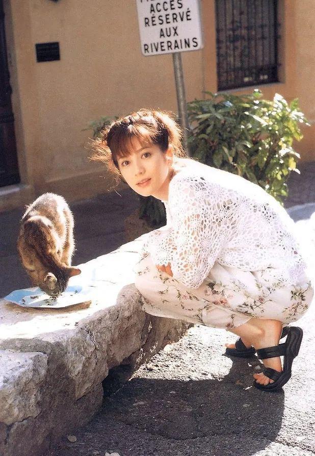 日本第一美女主播!嫁给身高只158cm的男人...